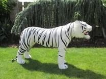 Plyšový stojící tygr bílý