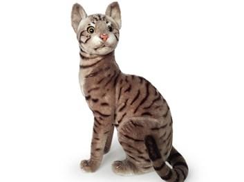 Plyšová sedící kočka  tygrovaná hnědošedá