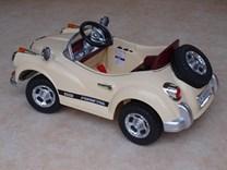 Luxusní sportovní retro auto  s 2,4G dálkovým ovladačem - JE128NEW