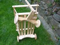 Dřevěný žebřinový vozíček, žebřiňák