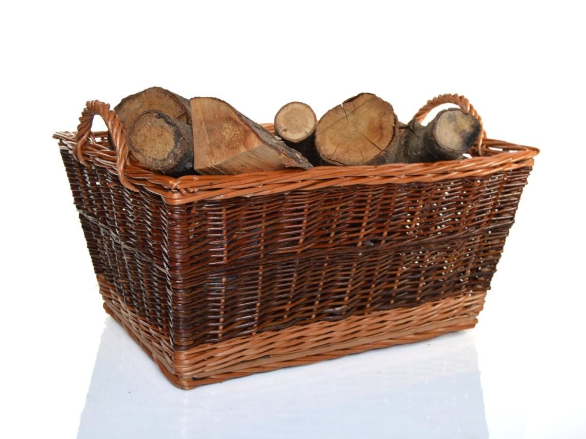Koš na dřevo s dřevěným dnem