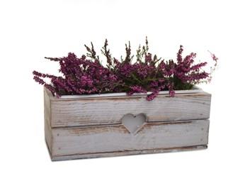 Dřevěný truhlík na květiny bílý