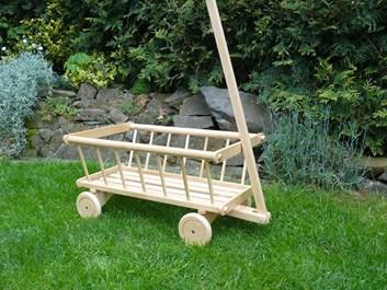 Dřevěný žebřinový vozíček