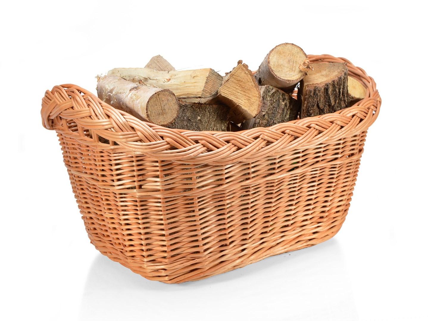 Proutěný koš na dřevo