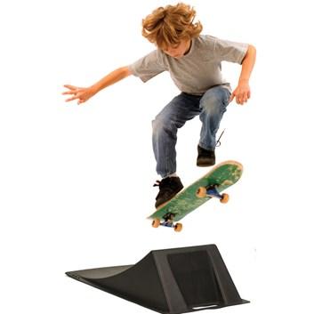 BUDDY TOYS BOT 6110 Jump Box rampa pro skateboard