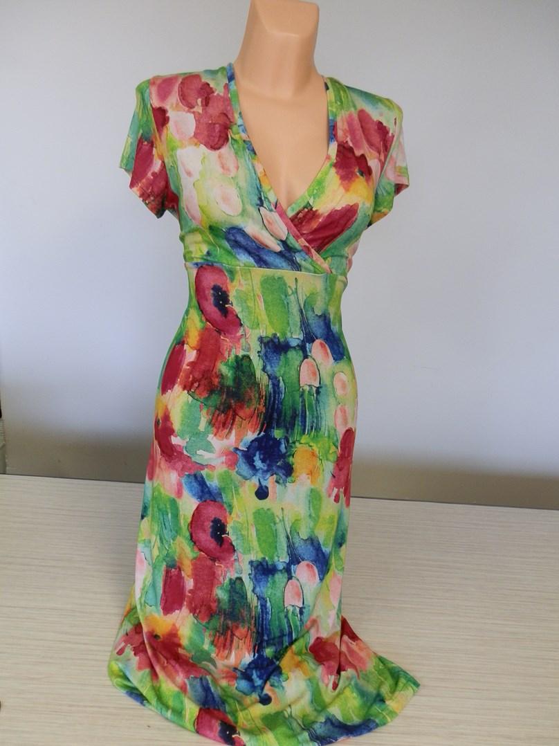 Zelené letní šaty.
