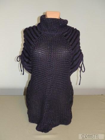 Pletená vesta s vázačkama