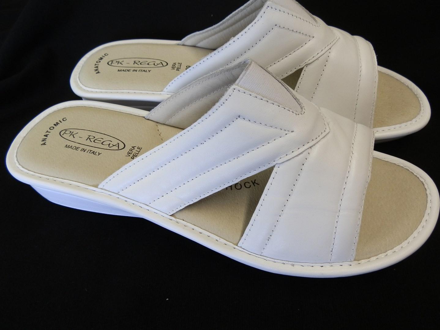 Zdravotní pantofle  PK-REGA 39,40,41 bílé anti-shock
