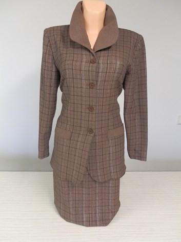 Dámský kostým s rovnou sukní  GAVA 42
