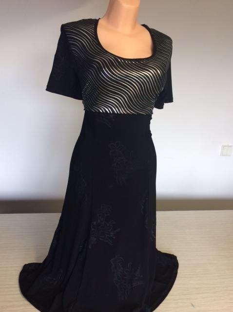 Dámské černé společenké šaty i pro plnoštíhlé VLNKA