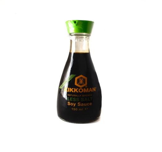 Sojová omáčka Kikkoman s menším obsahem soli