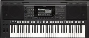 Yamaha PSR S770