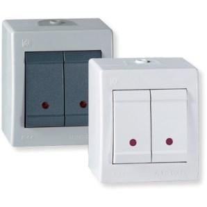 Sériový vypínač s kontrolkou na povrch IP44, bílá
