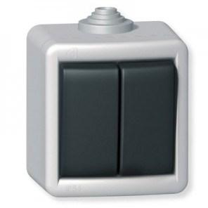 Sériový vypínač kovový na povrch 10AX 250V~ IP55