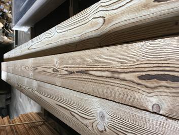 Kartáčování Dřeva
