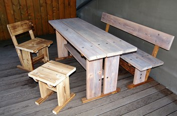 Zahradní stůl + lavice 2ks/5970,- s DPH