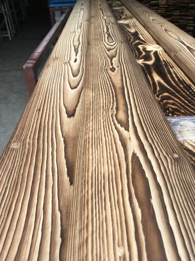 Kartáčování dřeva I. stupeň /41,65 Kč/m2/ bez DPH