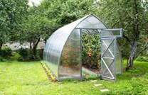 Polykarbonátový skleník Strelka 2,6 ( 4 x 2,6 m ) - Volya LLC