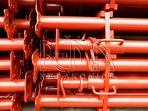 Podpěrná stojka lakovaná červená výška 2,4 m - výsun až - 4,5 m